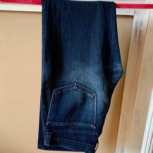 J Brand 4 Way Lycra Stretch Jeans Short Inseam